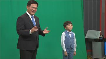中秋疏運過關、備戰國慶連假 林佳龍攜手小童星拍宣導短片