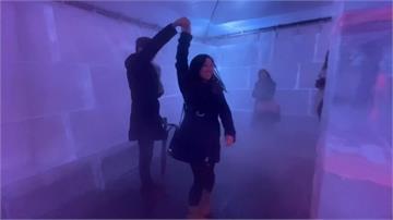 華府推出耶誕冰迷宮 300塊巨冰磚綴LED燈超有fu