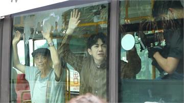 小農系歌手李友廷首張專輯面世 傅孟柏、李霈瑜上演精彩警匪追逐戰!