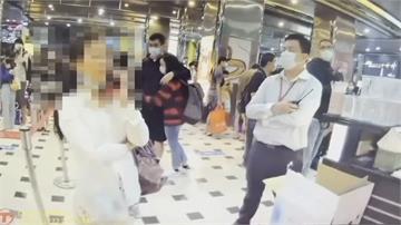 寄放包包遭拒 婦失控嗆「不要叫我冷靜」多次檢舉攤販、醫護 誇張行徑再添一樁