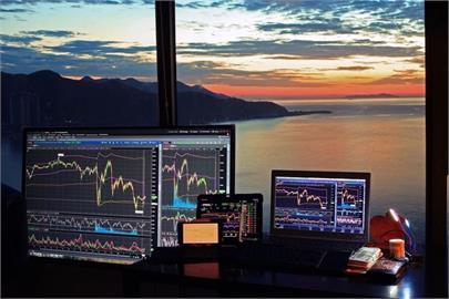 外資買超布局金融股 賣超鴻海調節電子股