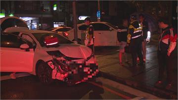 台中閃光號誌路口車禍 國產車撞700萬瑪莎拉蒂