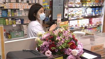 農糧署感謝前線藥師!贈全台6700藥局花卉禮盒