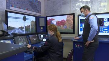 俄羅斯解禁工作限制 莫斯科女孩當火車駕駛