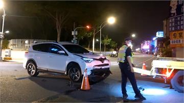 閃燈路口撞休旅車 BMW駕駛棄車肇逃