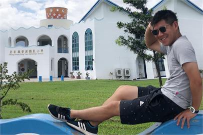 快新聞/F-5E戰機擦撞墜海飛官潘穎諄失蹤 鄰居心痛:他很孝順父母一家和樂