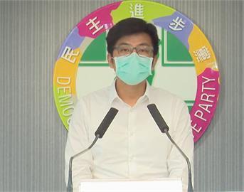 快新聞/民眾響應藍營「要疫苗」活動撞傷員警 周江杰:請江啟臣向警員道歉