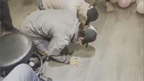 送保母家第2天腦傷亡 保母爬進女嬰靈堂磕頭道歉