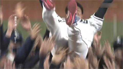 告別平成怪物! 松坂大輔引退賽後淚別投手丘