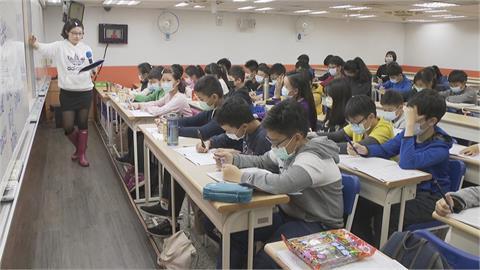 快新聞/疫情延燒校園 校長協會發聲明:中小學教職員工優先施打疫苗