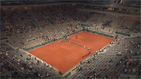 法網夜間賽開放觀眾 11點宵禁時間到先清場