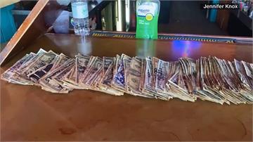 「疫」外收獲!酒吧撕下牆上鈔票救助員工