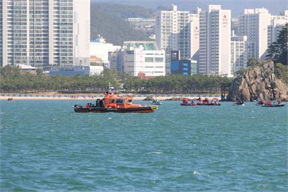 快新聞/中國籍漁船在南韓外海翻覆 3人昏迷、3人下落不明