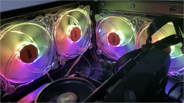 千元可入手 一套五顆 ARGB 風扇darkFlash CF8 Pro