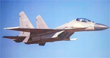 快新聞/單日13架共機擾台! 中國「殲-16、轟-6K」闖我空域 空軍廣播驅離