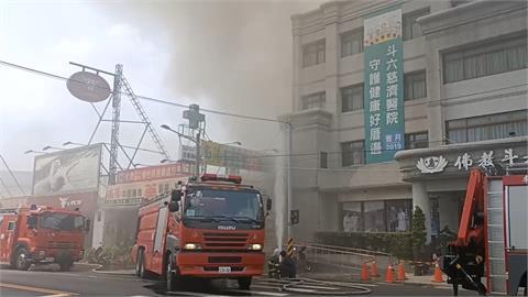 斗六鞋店冷氣起火燃燒 險波及醫院
