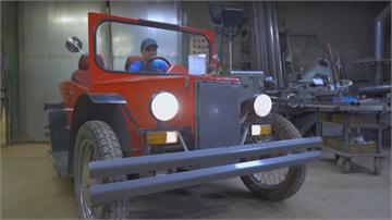俄國阿伯自組「偽T型」敞蓬車 成本僅2萬台幣