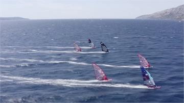 風帆衝浪巡迴賽重啟 女子組拚戰到第12場才分勝負