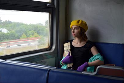她想當「捷運正妹」竟用這方法?男揭「真相」 網驚呼:套路、好假掰