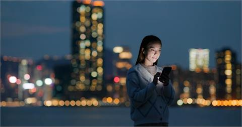 3C/Ericsson 愛立信表示「台灣有 22% 的消費者在升級 5G 後減少在室內使用手機連結 Wi-Fi」