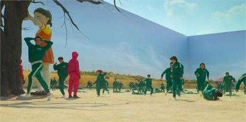 《魷魚遊戲》超夯!劇情赤裸呈現南韓社會引共鳴 狂掀全球模仿熱潮
