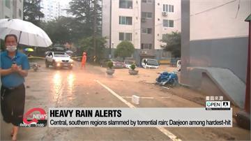 暴雨炸南韓釀2死!水灌大樓民眾搭橡皮艇逃生