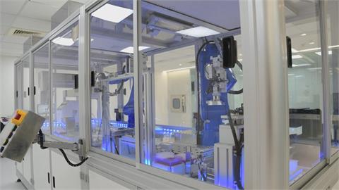 全台檢驗量能1天1.6萬件 打造自動檢驗機加速篩檢