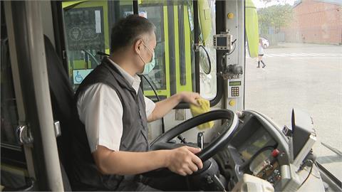 司機趕打第二劑 北北基桃公車恐砍班因應