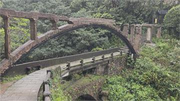 古蹟回不來了…遭遊客攀爬破壞 瑞芳88年「水圳橋」應聲斷裂