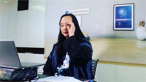 唐鳳改良通報系統「不塞車」 醫檢師感動:這麼快聽到我們聲音!