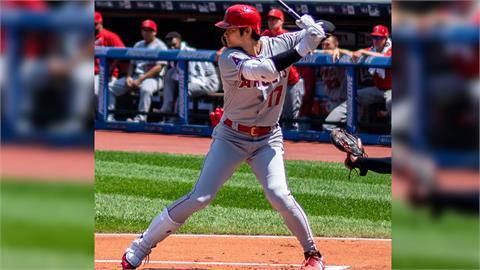 MLB/三刀流成就解鎖 大谷翔平開轟又登左外野守備
