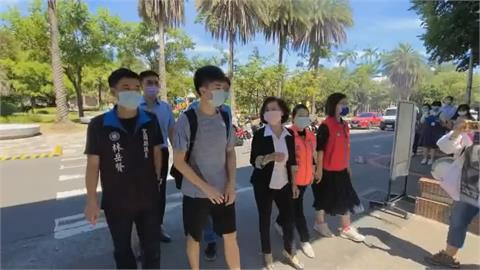 超人氣! 林昀儒返母校宜蘭國小 教職員、學弟妹竟然這麼嗨!