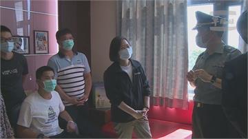 秦良丰、高立埁傘訓墜地受傷 蔡總統赴醫院探視復健進度