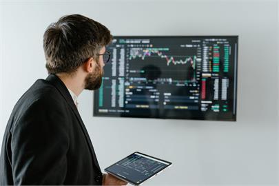 股票、期貨誰最好賺?投資老手1原因勸「選它死最快」:新手別碰!