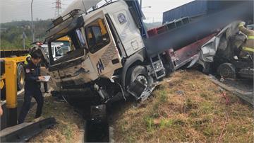 國道3號寶山匝道重大車禍! 貨車疑未注意車況追撞釀1死3傷