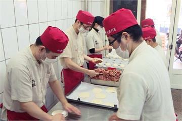 超霸氣!鹿港知名肉包店連兩年「加薪20%」