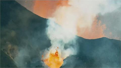 西班牙火山再度爆發 熔岩湧出景象怵目驚心