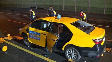 中山高驚傳死亡車禍! 小黃駕駛自撞護欄喪車內