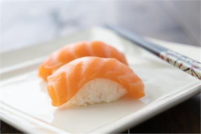 長知識!鮭魚壽司日文不叫「鮭」 日台交流協會曝原因