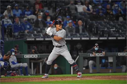MLB/張育成單場敲2安 中止連6打數無安打