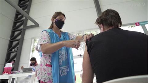 感動噴淚!日火速捐台124萬劑AZ疫苗 前台大醫:聽說後續還會有