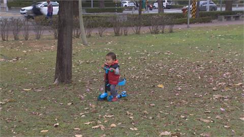公園疑有街友攻擊小男童 社會局強制送醫