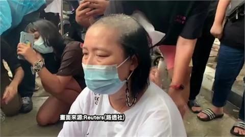 泰學運領袖獄中絕食送醫保釋被拒 母削髮抗議