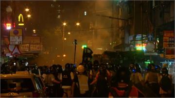 反送中/香港發起盂蘭盆節警署外燒衣 防暴警施放催淚彈