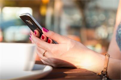 遠距追愛不是問題!交友平台推線上戀愛顧問、視訊約會助脫單