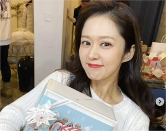 「童顏女神」張娜拉素顏照震驚韓網!年過40超凍齡網讚:剛出道?