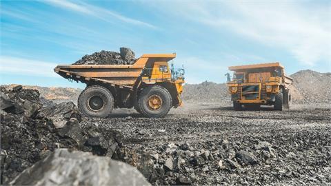 中國動力煤價格狂飆每噸破8千 火燒「煤」毛!內蒙古急增72處煤礦