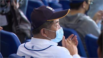 中職/領先全球開放千人進場 國外球迷讚:我愛台灣棒球的原因