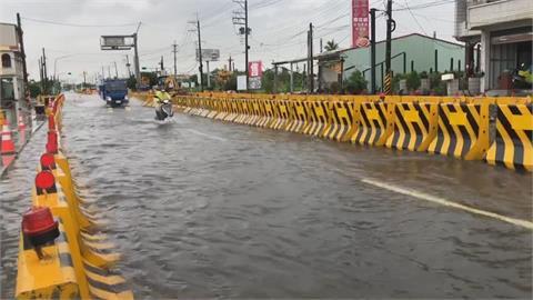 雨炸中南部! 屏東林邊台17線積水近30公分