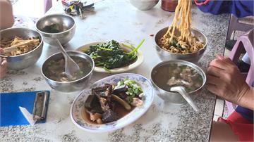 台南開山里聲名大噪!黃偉哲趁機宣傳在地美食